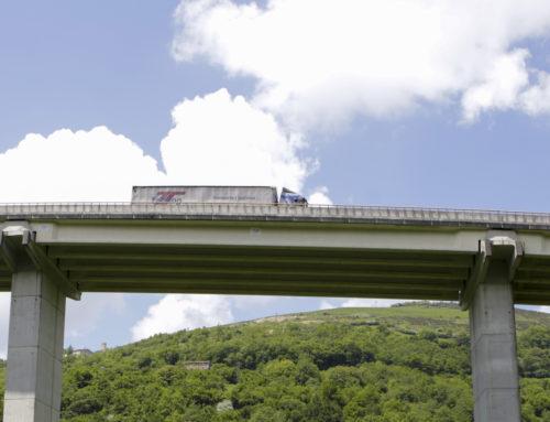 El Gobierno de Navarra no restringirá el tránsito de camiones en la N-121-A ni los desviará por la AP-15